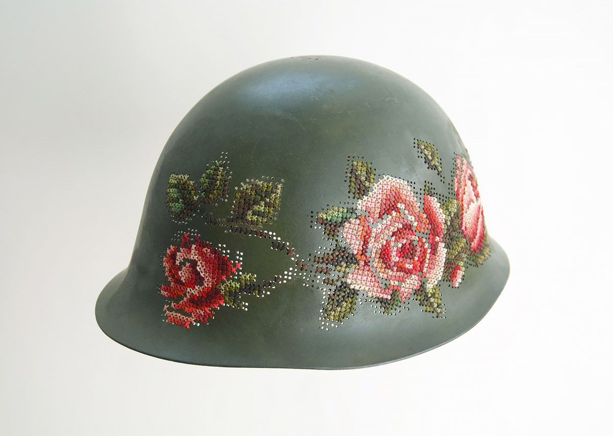 severija embroidered helmet